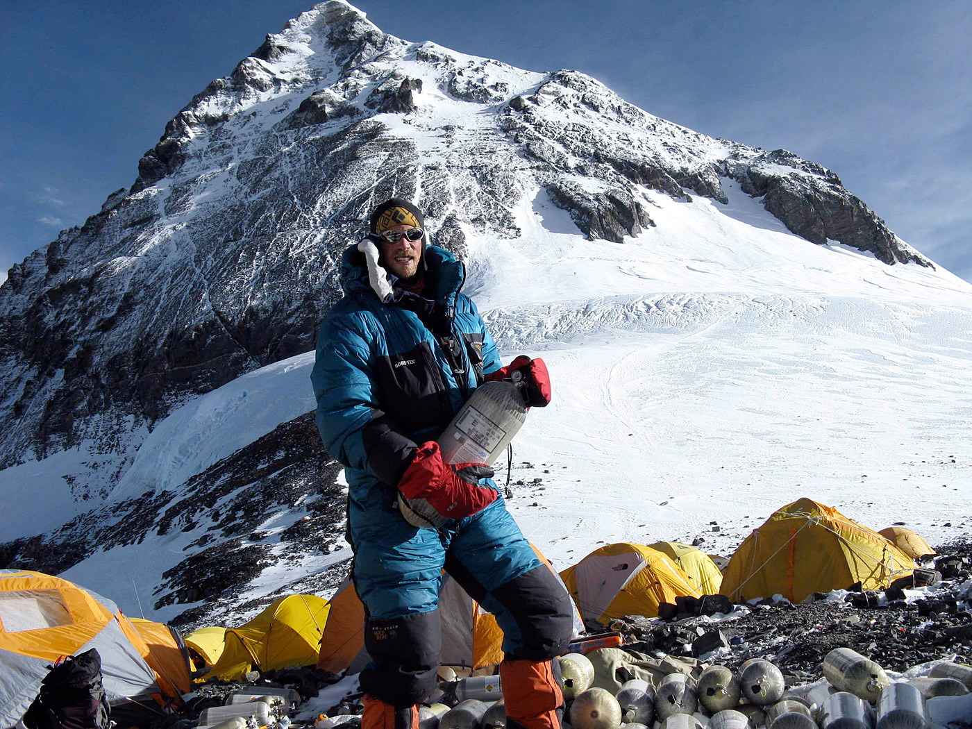 2013 Mt  Everest Expedition Coverage with International