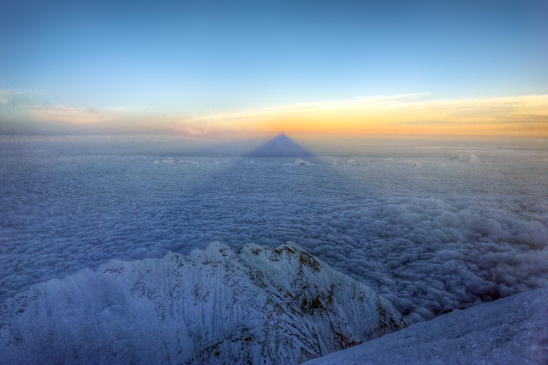 summit pyramid kim hess