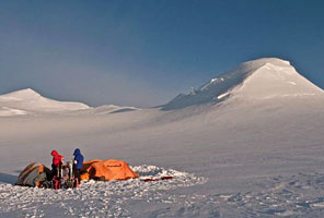 Mt. Logan Expedition, Canada, with International Mountain Guides. Photo by Mark Allen.