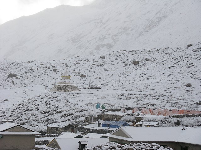 Dingboche in the snow (photo: Justin Merle)