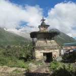 Sama Gaon chorten looking up towards BC (Phunuru Sherpa)