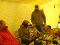 Oxygen clinic on Cho Oyu.