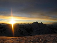 Sunrise over Everest and Lhotse from the summit of Cho Oyu (photo: Danuru Sherpa)