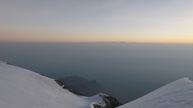 Dawn on summit of Ixta (Elizah McLaughlin)