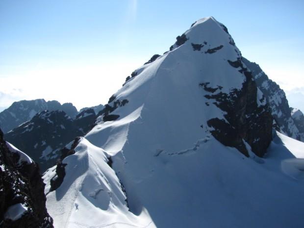 The final summit ridge (Greg Vernovage)