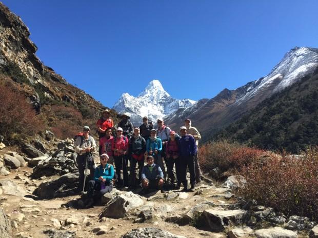 3 x 3 and Lobuche Peak Team moving towards Pheriche (Tye Chapman)