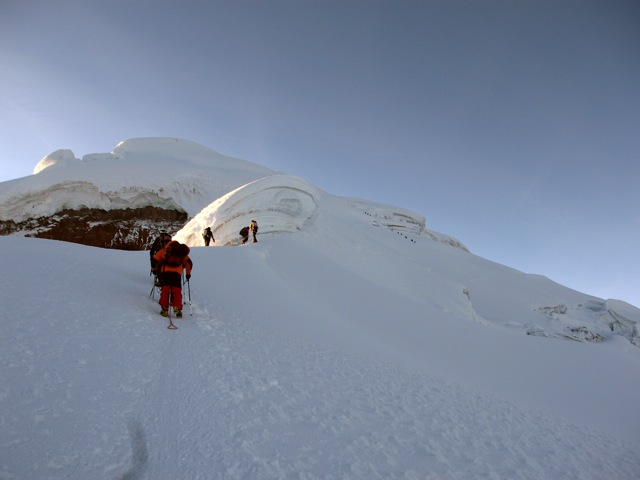 The upper slopes of Cotopaxi (Jorge Ignacio Anhalzer)