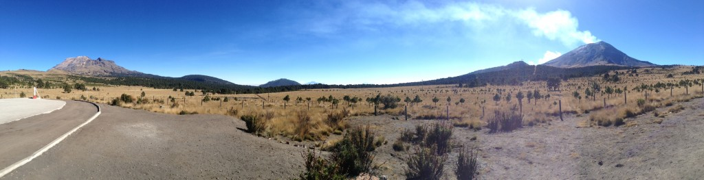 Ixta, Orizaba (in distance) and smoking Popo from Paso de Cortez. (Photo by Dustin Balderach)