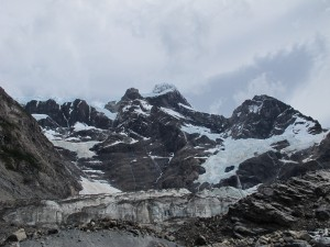 Hanging glaciers in the French Valley. (Photo by Tye Chapman)