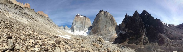 A panorama of the Silence Valley with La Fortaleza in the middle-left and El Escudo in the middle-right. (Tye Chapman)