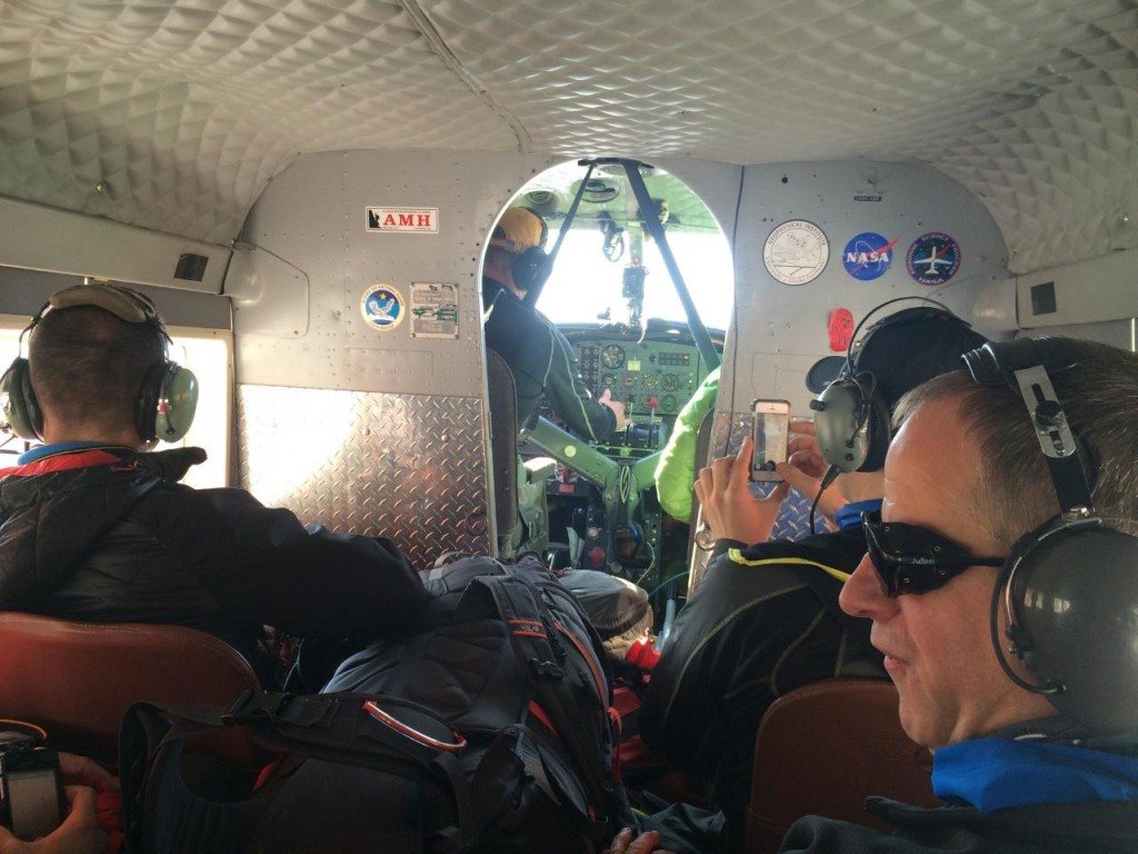 Photo taken inside the plane on the flight in to Bona (Dallas Glass)