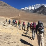 Trekking towards Chukkung Ri. (Fura Gyalzen)