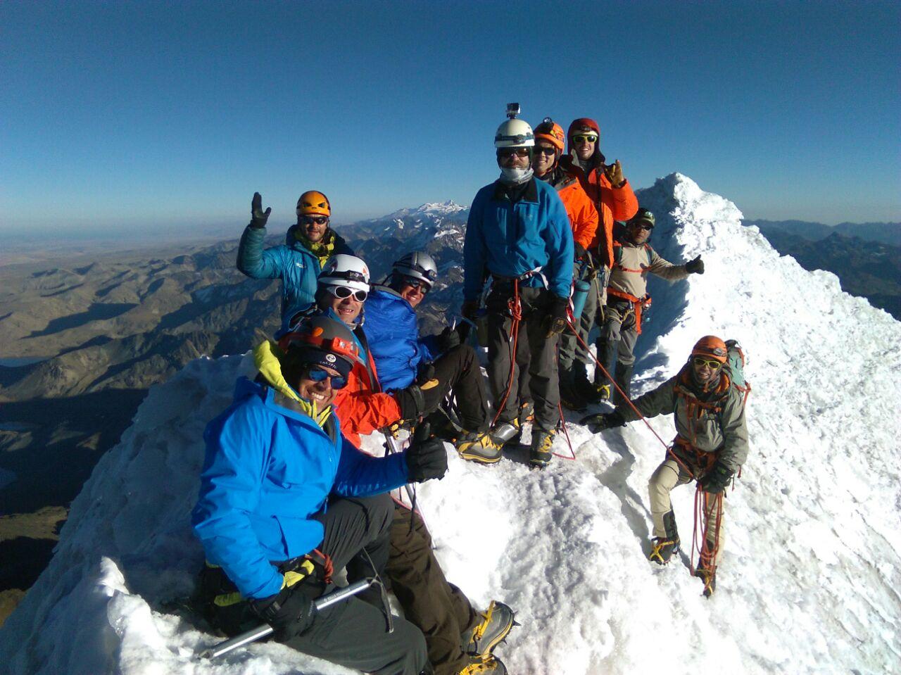 Huayna Potosi Summit Team  (Roberto Gomez)