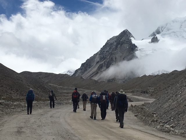 Climbers and Trekkers moving up to IC (Ang Jangbu)