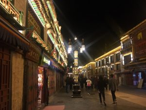 Lhasa's Famous Barkhor Market in the Evening (Ang Jangbu)