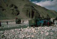 Trucks crossing the river near Rongbuk 1982 (Eric Simonson)