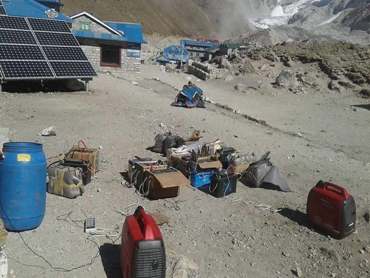 Charging the IMG Everest batteries at Gorak Shep, November 2016.