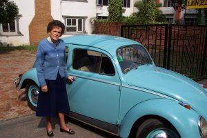 Liz Hawley and Her Trusty VW (Eric Simonson)