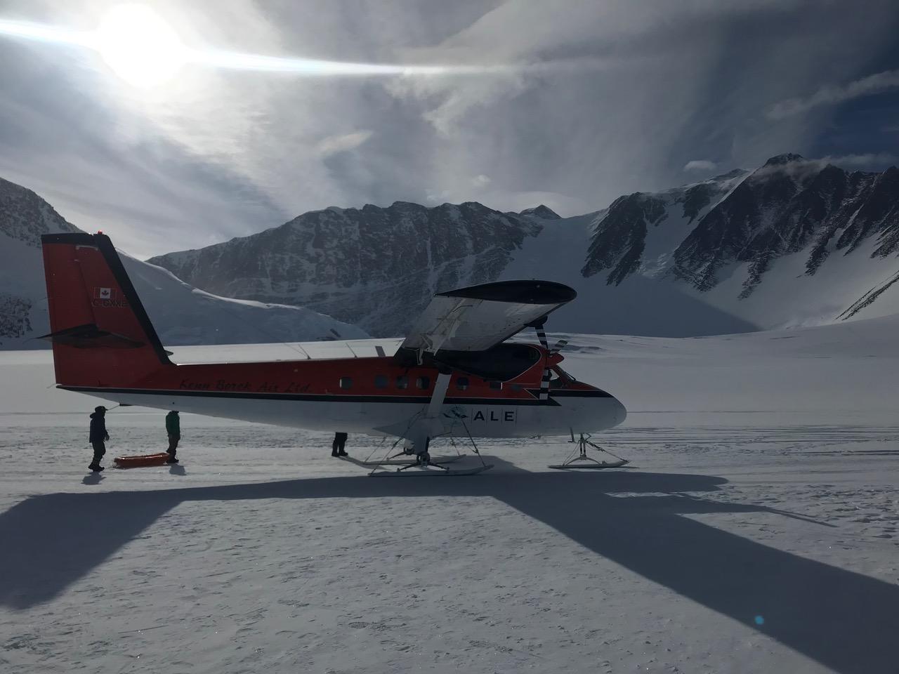 Twin Otter at Vinson Basecamp (Luke Reilly)