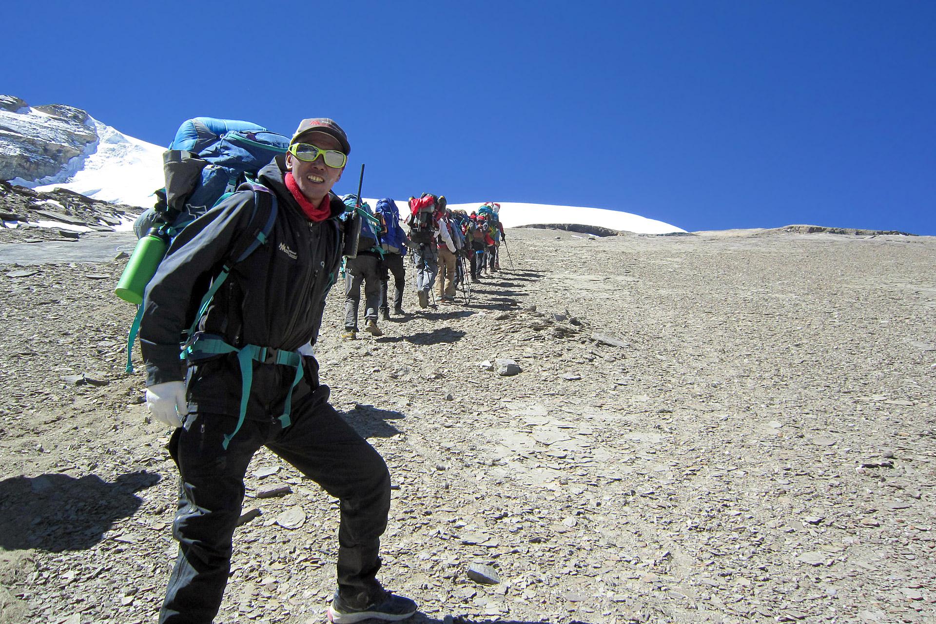 IMG Senior Guide Karma Rita heading up Putha Hiunchuli (Karma Rita Sherpa)