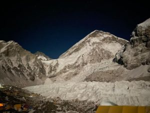 Beautiful morning on Mount Everest (Ang Jangbu Sherpa)