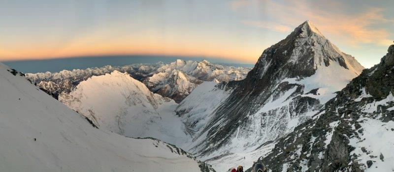 From high on Lhotse with Everest (Kevin Kayl)