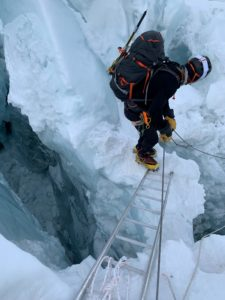 Icefall dancing (Kevin Kayl)