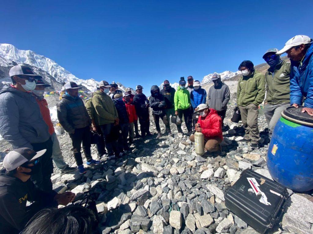Oxygen practice before the summit bid (Ang Jangbu Sherpa)