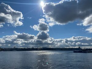 Beautiful Day in St Petersburg (Sasha Sak)
