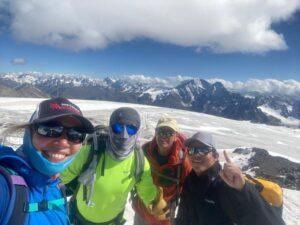 Beautiful views for training on Mount Elbrus (Sasha Sak)