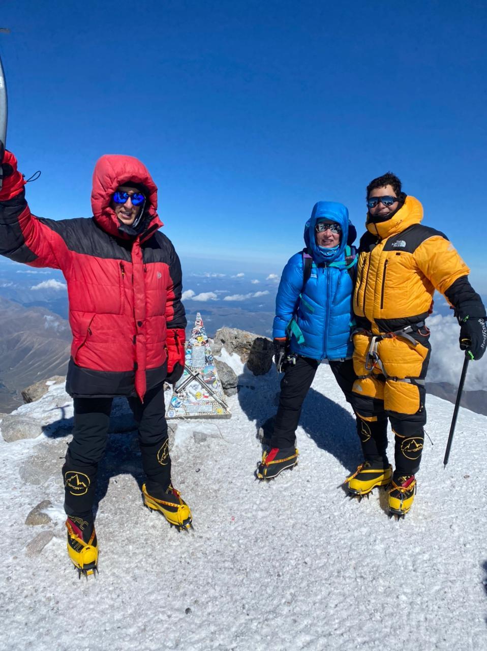 Elbrus Summit 2021!  (Sasha Sak)