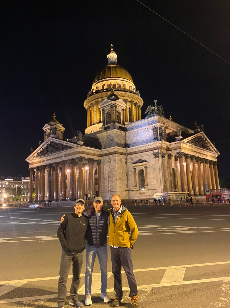 Elbrus 2021 Team in front of St Isaac's Cathedral (Sasha Sak)