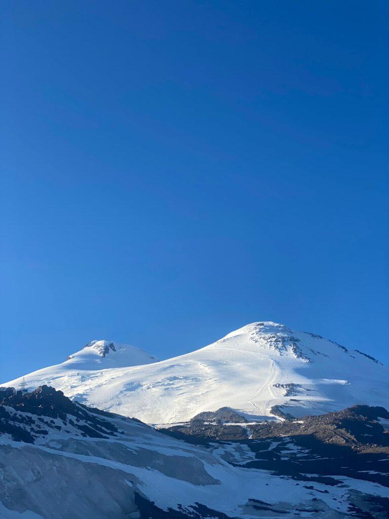 Mount Elbrus from the hut (Sasha Sak)