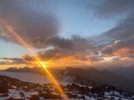 Sunrise on Elbrus (Sasha Sak)